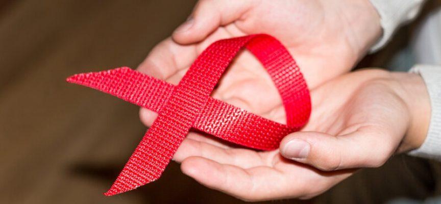 HIV er en ufarlig virus: Man dør med, ikke af AIDS