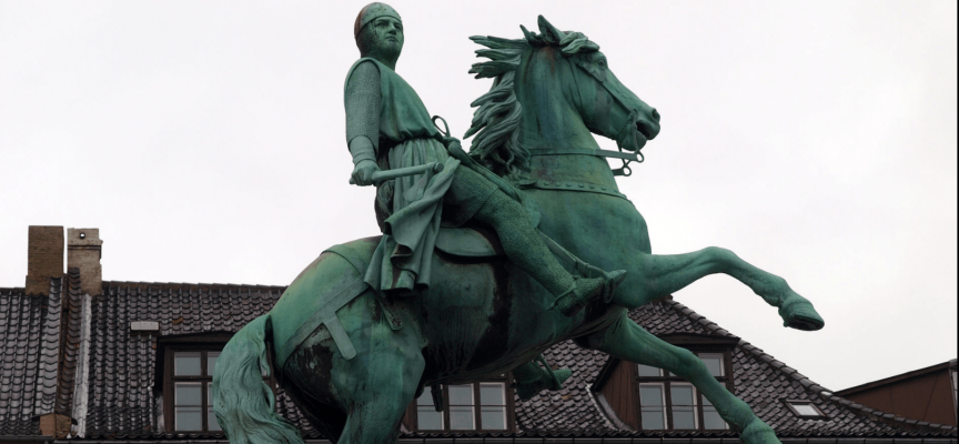 Borgere protesterer: Absalon vil bygge borg på unikt naturområde ved Øresund (fra arkivet, 1167)