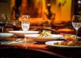 Nyt koncept: Få andre til at lave og servere mad for dig på såkaldt restaurant
