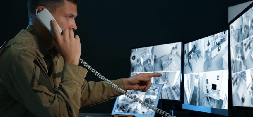 Qvortrup angriber efterretningstjeneste: Uambitiøst kun at overvåge politikeres telefoner