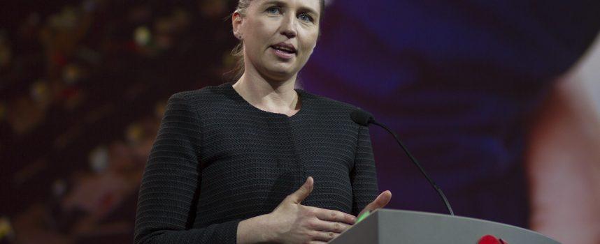 S: Folkekirken skal anerkende Mette Frederiksen som den nye messias