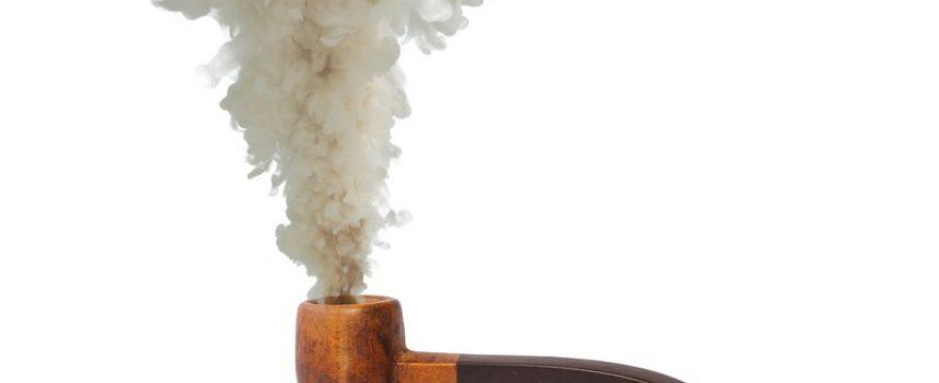 Afsløring: Pensionister ryger pibe med numsen
