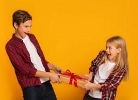 Stresspanel: Forbyd pakkeleg til jul